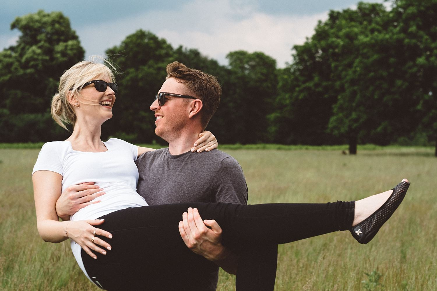 fun couple during Richmond park pre shoot