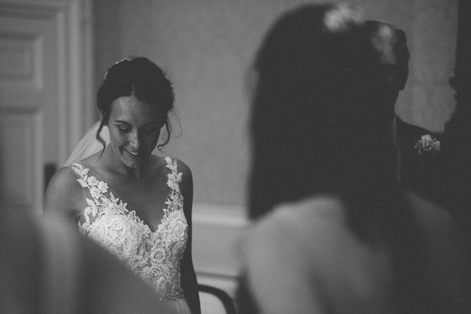 What is documentary wedding photography