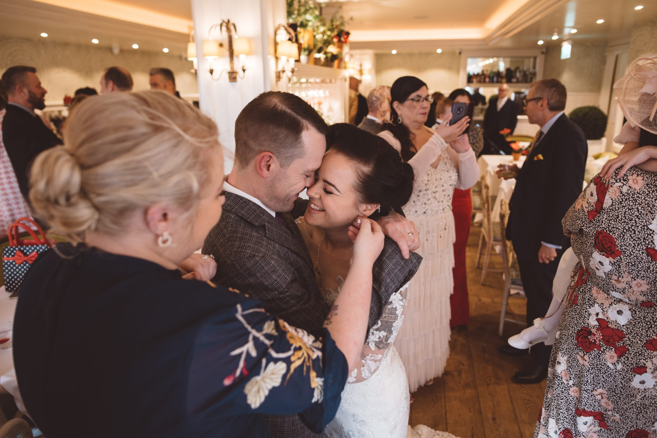 bride and her brother at roslin beach hotel